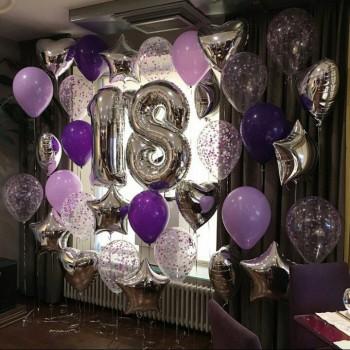 Фотозона из фиолетовых шаров + 2 цифры