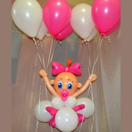 Малышка на шариках