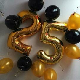 Цифры 25 + 10 шаров под потолок