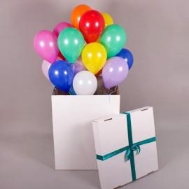 Коробка + 15 разноцветных шаров внутри