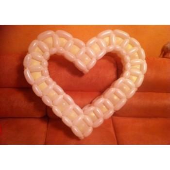 Плетённое белое сердце